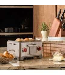 4 Slice Toaster (Black Knob)